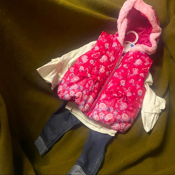 Baby girl 24mos lovely full set Little Lass NWT$44